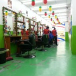 Photo taken at Kedai Gunting Style Guyss (Hair Dressing Saloon) by Ejoi K. on 9/11/2013