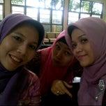 Photo taken at BPMP (Badan Penanaman Modal dan Perizinan) by Arie A. on 11/21/2011