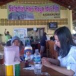 Photo taken at Kolam Pancing Baramundi by Bahrul u. on 8/25/2012