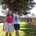 Photo taken at Parque Municipal Odélio de Brito by Flavia M. on 7/13/2013