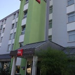 Photo taken at Ibis Hotel Frankfurt City West by Chaehee K. on 7/13/2013
