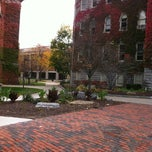 Photo taken at Syracuse University College Of Law by Rommel R. on 10/27/2012