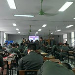 Photo taken at โรงเรียนรักษาดินแดน (Territorial Defense School) by Max E. on 8/20/2013