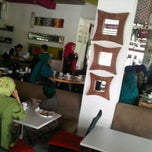 Photo taken at Cangkir Kopi by Cut Alia R. on 3/1/2012