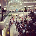 Photo taken at The Mall at Fairfield Commons by Wijnand on 12/16/2012