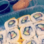 Photo taken at Sushi Itto by Karla S. on 4/7/2014