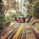 Photo taken at Peak Tram Upper Terminus 山頂纜車凌霄閣總站 by Simon F. on 11/5/2012