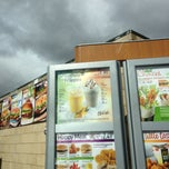 Photo taken at McDonald's by Arun G. on 9/16/2013