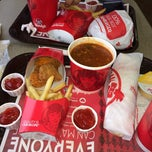 Photo taken at Wendy's by Juah C. on 11/25/2013
