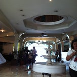Photo taken at Garden Plaza Hotel & Suites by Joie C. on 4/23/2012