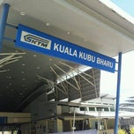 Photo taken at KTM Komuter Kuala Kubu Bharu (KA14) Station by Syed Roseli S. on 7/12/2012