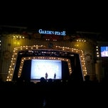 Photo taken at 롯데월드 가든스테이지 (Lotte World Garden Stage) by Jason S. on 11/24/2012