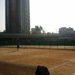 Photo taken at 반포종합운동장 테니스코트 by Eugene J. on 10/19/2014