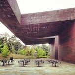 Photo taken at de Young Museum by Zahid Z. on 6/15/2013