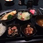 Photo taken at Nijyumaru 二重丸 by Jacquoelyne V. on 4/25/2015