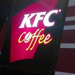 Photo taken at KFC / KFC Coffee by Robby H. on 6/13/2012