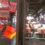 Photo taken at Hot Topic by Spam on 7/1/2012