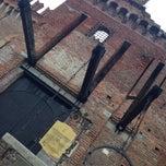 Foto scattata a Castello Di Carimate Hotel da Elena B. il 11/3/2014