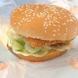 Photo taken at KFC (เคเอฟซี) by NAMTARN on 2/26/2015