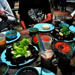 Photo taken at Restoran Burung Puyuh by Fxrid on 1/16/2015