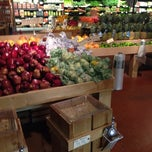 Photo taken at Living Green Fresh Market by Carlos Z. on 10/4/2013