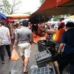 Photo taken at Pasar Malam TTDI by adzahar on 1/20/2013