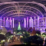 Photo taken at Gaylord National Resort & Convention Center by Yamen H. on 12/2/2012