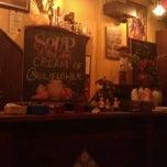 Photo taken at La Cocina Restaurant & Tapas Bar by Cheik L. on 3/23/2012