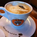 Photo taken at J.Co Donuts & Coffee by Elly A. on 2/23/2012
