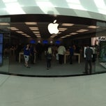 Photo taken at Apple Store, Towson Town Center by Elliott P. on 10/1/2012