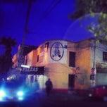 Photo taken at Pizzas Bang Bang by Deyviid™ M. on 5/10/2012