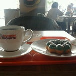 Photo taken at Dunkin donuts giant mega bekasi by  pst s. on 9/27/2012