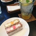 Photo taken at ワッフルカフェ武庫之荘店 by サソリ on 3/6/2013