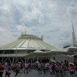 Photo taken at スペース・マウンテン (Space Mountain) by norio k. on 7/20/2013
