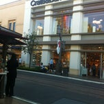Photo taken at Crate & Barrel by Itching G. on 10/27/2012