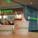 Photo taken at Pinkberry by Alex T. on 8/21/2012
