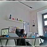 Photo taken at Web In Fermento Lab - agenzia web e marketing by Dario C. on 11/6/2011