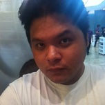 Photo taken at Bench Fix Salon by Ronn R. on 3/25/2012