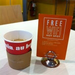 Photo taken at Au Bon Pain by Lucy G. on 11/4/2011