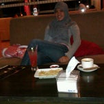 Photo taken at Extra Lounge by Nindy P. on 3/17/2012