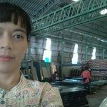 Photo taken at @โต๊ะทำงาน  โรงปูนพลอยรุ่งกิจ by Poo S. on 1/12/2012