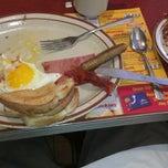 Photo taken at George Webb Restaurants by Robert D. on 6/22/2012