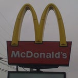 Photo taken at McDonald's by Marques E. on 3/23/2012
