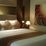 Photo taken at Amari Nova Suites Pattaya by Wirat T. on 9/12/2011