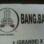 Photo taken at Pizzas Bang Bang by Miguel B. on 8/27/2011