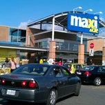 Photo taken at Maxi Bedford by Christy G. on 9/3/2011