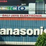 Photo taken at Bali Jaya Elektronik by sonny w. on 1/9/2012