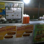 Photo taken at USJ 4 Burger by Cason C. on 12/18/2011