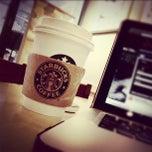 Photo taken at Starbucks by Nei G. on 10/28/2011