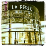 Photo taken at Louis Vuitton La Perle by Rudi Z. on 11/13/2011